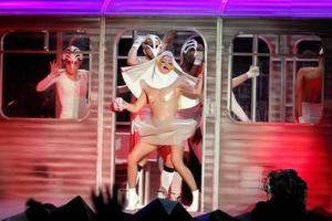 Lady_gagaatlantic_city20110219d